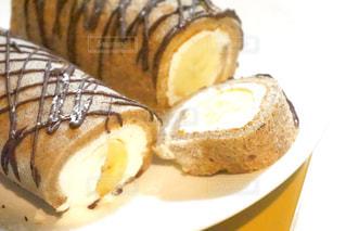 バナナロールケーキの写真・画像素材[845828]