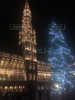 クロック タワーは夜ライトアップの写真・画像素材[1058122]
