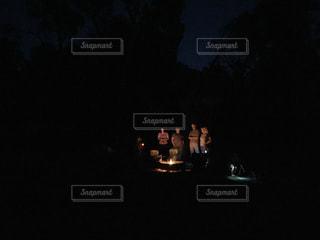 キャンプの夜の写真・画像素材[1054949]