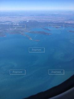 水の大きな体のビューの写真・画像素材[1320494]