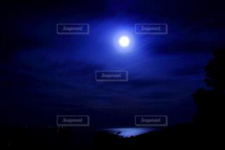 夜空の写真・画像素材[613817]