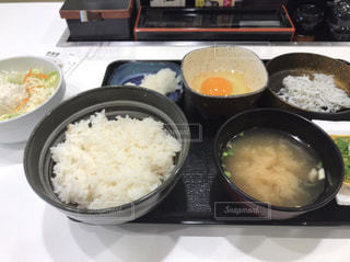 皿の上のご飯 - No.878422