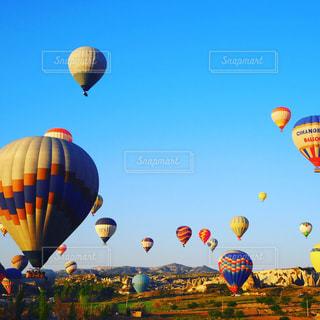 トルコ🇹🇷カッパドキアの気球の写真・画像素材[741671]