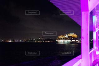 水の体の上の橋の写真・画像素材[722434]