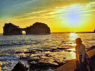 沈む夕日の写真・画像素材[3327944]