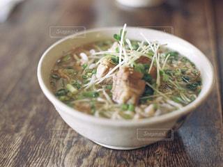 スープのボウルの写真・画像素材[1443037]