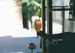 大きなガラス窓の写真・画像素材[1445615]