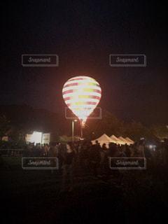 夜の気球の写真・画像素材[806637]