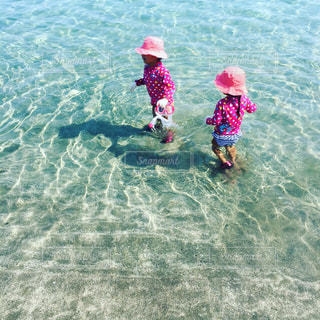 #海 #シュノーケル#夏 #夏が待ち遠しい #姉妹コーデ #kids #海が好きな人と繋がりたいの写真・画像素材[528810]