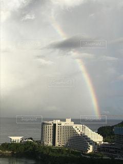 虹と雲の写真・画像素材[2189910]
