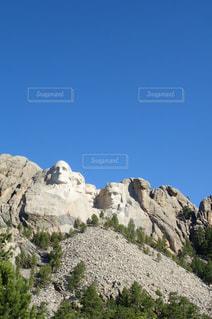 岩が多い山の写真・画像素材[776569]