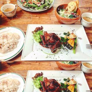 食事の写真・画像素材[512978]