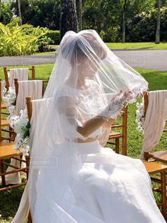 ウェディングドレスを着た人の写真・画像素材[3073148]