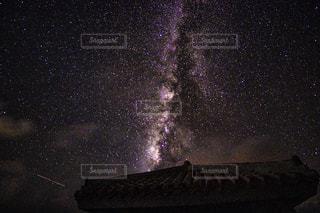 流れ星の写真・画像素材[701661]