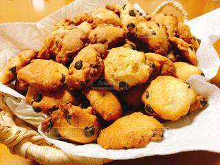 チョコチップクッキーの写真・画像素材[1015838]