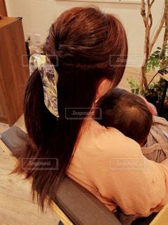 親子で美容室の写真・画像素材[1124257]