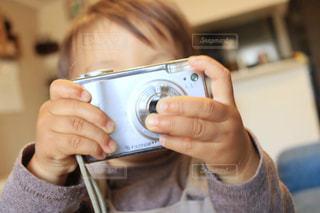 小さなカメラマンの写真・画像素材[1126111]