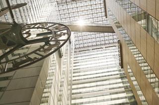 金属フェンスの建物の写真・画像素材[1194992]