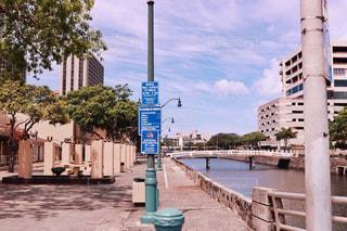 川の側の記号の写真・画像素材[1234303]