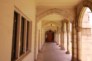 大規模な石造りの建物の写真・画像素材[1234358]