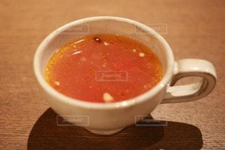 スープとコーヒーのカップのボウルの写真・画像素材[1311839]