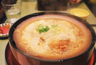 スープのボウルの写真・画像素材[1355384]
