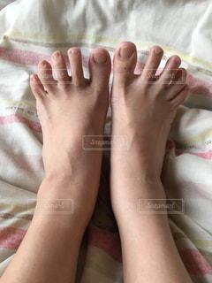 両足の写真・画像素材[664706]
