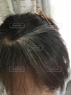 白髪 染毛の写真・画像素材[983227]