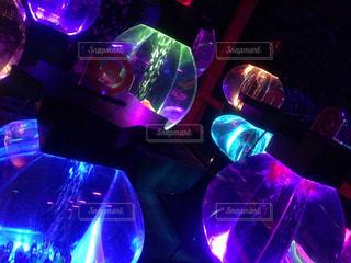 近くに紫色の光を - No.705134