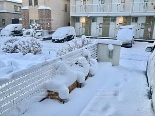 関東に久しぶりの大雪!雪に慣れない関東人は大パニックでしたね!の写真・画像素材[990623]