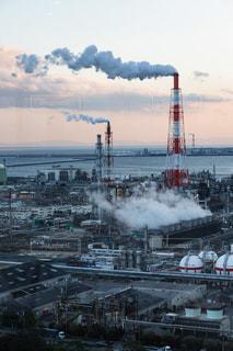 煙と工場の写真・画像素材[1320806]
