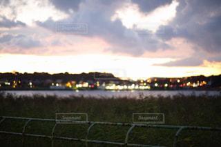 日が沈んで夜景が輝きだしたの写真・画像素材[1320818]