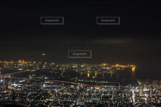 夜の街の景色の写真・画像素材[1321002]