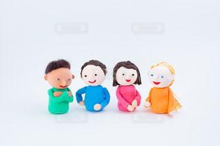 外国人とのコミュニケーション @手作り紙粘土人形の写真・画像素材[2720586]