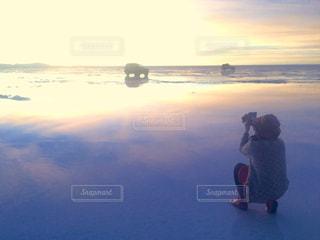 ウユニ塩湖の夕日の写真・画像素材[1282235]