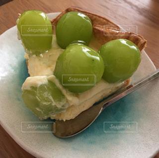 マスカットのチーズケーキです。の写真・画像素材[736403]