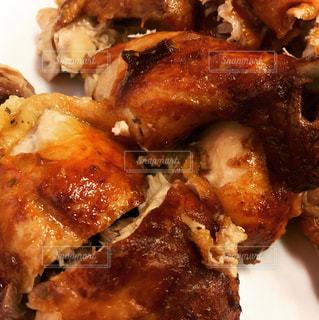 鶏の丸焼きの写真・画像素材[826755]