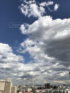 空には雲のグループ - No.1077869