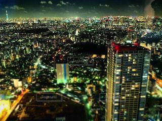 夜の街の景色の写真・画像素材[1527473]