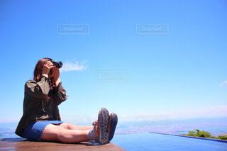 #カメラ女子の写真・画像素材[550526]