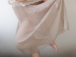 ワンピースを着た人の写真・画像素材[1267728]