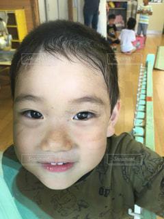 子供の写真・画像素材[608537]