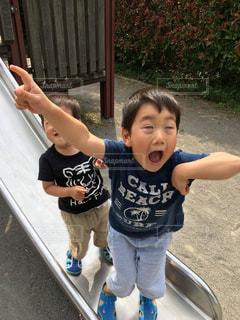 公園で遊ぶ兄弟の写真・画像素材[1789093]