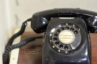 黒電話の写真・画像素材[1018498]