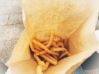 ポテト  フライドポテト 食べ歩きの写真・画像素材[1556275]