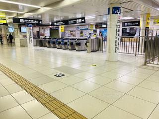 大阪 JR東西線 北新地駅 改札の写真・画像素材[2267252]