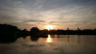 夕日の写真・画像素材[590743]