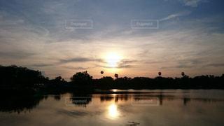 夕日の写真・画像素材[590745]