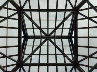 大きなガラス窓の写真・画像素材[764695]