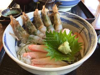 カニエビ丼の写真・画像素材[852708]
